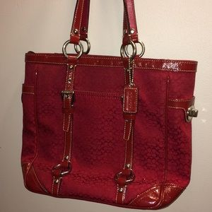 Coach East West Signature red gallery tote